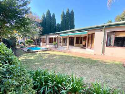 3 Bedroom Apartment For Sale In Silver Lakes Golf Estate - n4zT.jpg