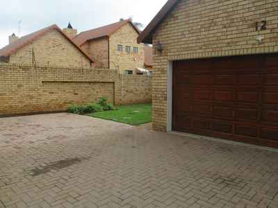 3 Bedroom House For Sale In Meyersdal - gallery_image1.jpg