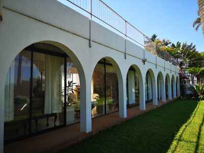 6 Bedroom House For Sale In Umhlanga - gallery_image1.jpg