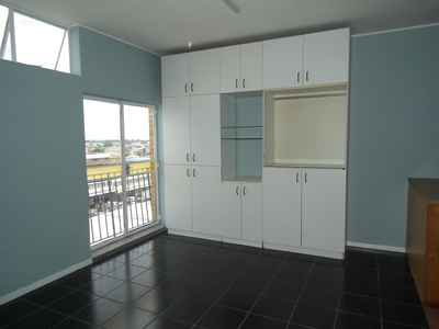 1 Bedroom Apartment For Sale In Fairfield Estate - gallery_image1.jpg