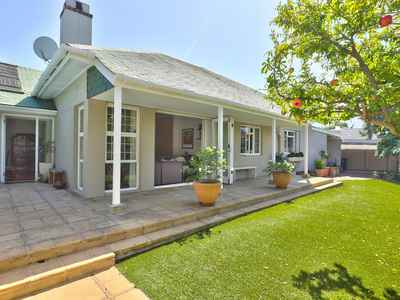 3 Bedroom House For Sale In Cape Town - PPqc.jpg