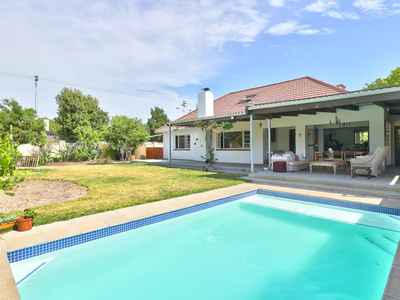 4 Bedroom House For Sale In Cape Town - 6fkJ.jpg