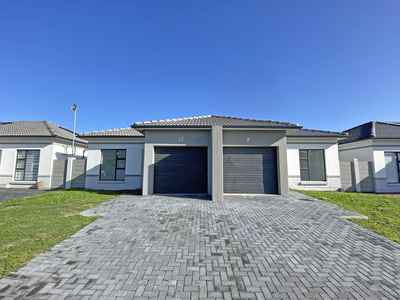 3 Bedroom House For Sale In Blouberg - gallery_image1.jpg