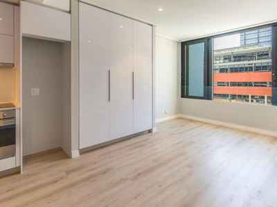 0.5 Bedroom Apartment To Rent In Cape Town City Centre - gallery_image1.jpg