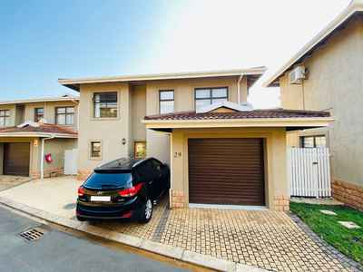 3 Bedroom Town House For Sale In Seaward Estates - dQRc.jpg