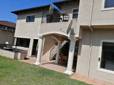 3 Bedroom Town House For Sale In LA LUCIA - IhKG.jpg