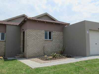 3 Bedroom House For Sale In George - gallery_image1.jpg