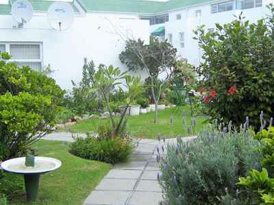 1 Bedroom Apartment For Sale In Westcliff - gallery_image1.jpg