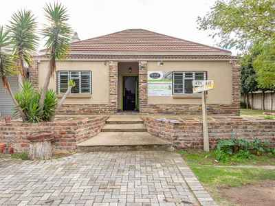 3 Bedroom House For Sale In Walmer - gallery_image1.jpg