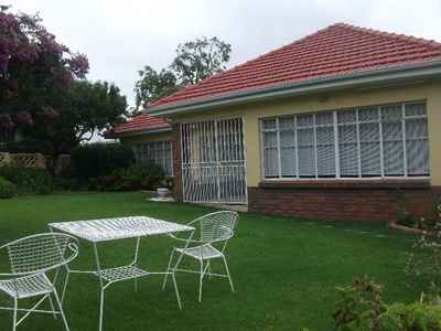 3 Bedroom Apartment For Sale In Blairgowrie - gallery_image1.jpg