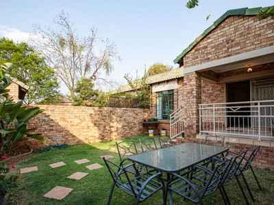 2 Bedroom Town House For Sale In PRETORIA - gallery_image1.jpg