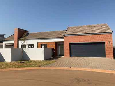 4 Bedroom House For Sale In Centurion - gallery_image1.jpg