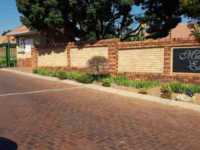 Pleasant Properties To Rent In Gauteng Midrand Qwengo Home Remodeling Inspirations Genioncuboardxyz