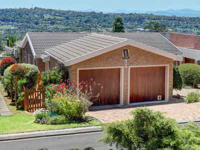3 Bedroom Town House To Rent In Protea Valley - gallery_image1.jpg