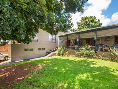 3 Bedroom House For Sale In Wentworth Park - gallery_image1.jpg
