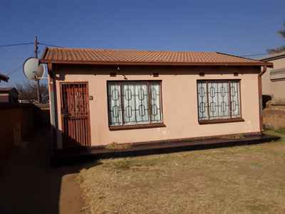2 Bedroom House For Sale In Tsakane Ext 11 - gallery_image1.jpg