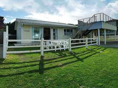 3 Bedroom House For Sale In Knysna - gallery_image1.jpg