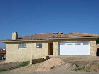 3 Bedroom House For Sale In Groot Brakrivier - gallery_image1.jpeg