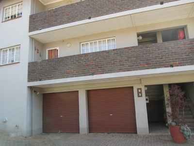 2 Bedroom Apartment For Sale In NORTHCLIFF - gallery_image1.jpg