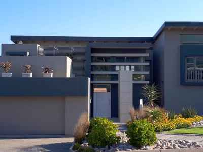 4 Bedroom House For Sale In Groot Brakrivier - gallery_image1.jpeg