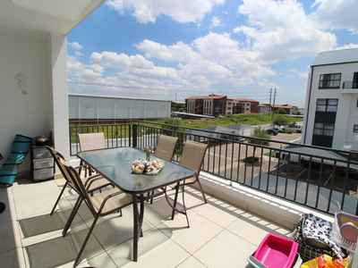 2 Bedroom Apartment For Sale In Edenvale - gallery_image1.jpg