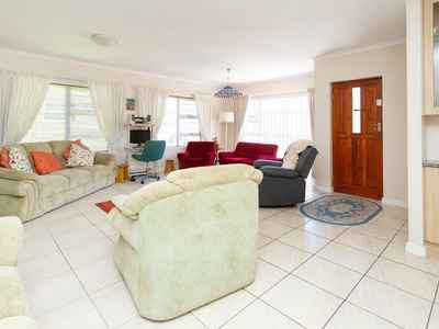 3 Bedroom Town House For Sale In Walmer Heights - gallery_image1.jpg
