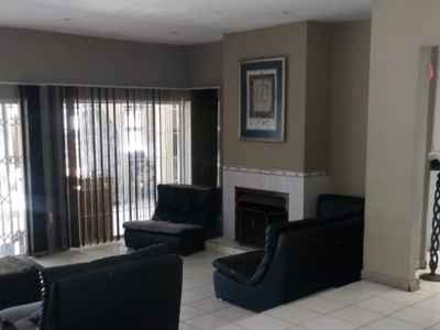 5 Bedroom House For Sale In Soweto - gallery_image1.jpg