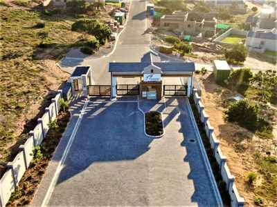 House For Sale In Mossel Bay - gallery_image1.jpg