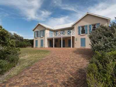 5 Bedroom House For Sale In Betty's Bay - gallery_image1.jpg