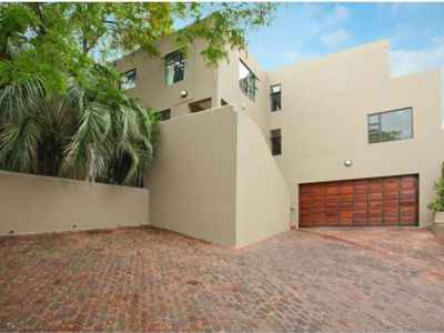 4 Bedroom House To Rent In Northcliff - iZk1.jpg