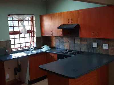 3 Bedroom Town House To Rent In Krugersdorp - gallery_image1.jpg