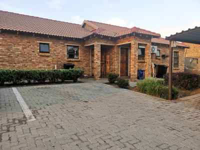 2 Bedroom Apartment To Rent In Roodepoort - xvDw.jpg