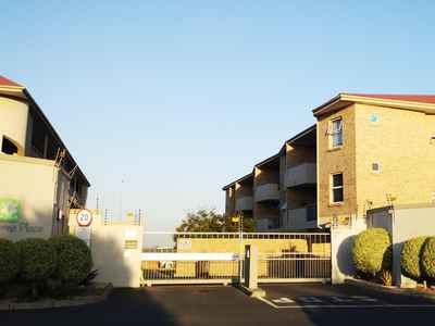 2 Bedroom Apartment To Rent In Durbanville - gallery_image1.jpg