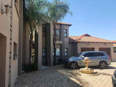 4 Bedroom Apartment For Sale In Hartbeespoort - gallery_image1.jpg