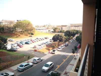 1 Bedroom Apartment For Sale In Umhlanga Ridge - gallery_image1.jpg