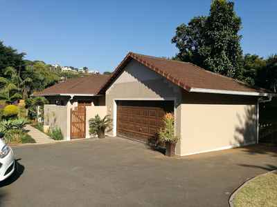 3 Bedroom House To Rent In Umhlanga - gallery_image1.jpg
