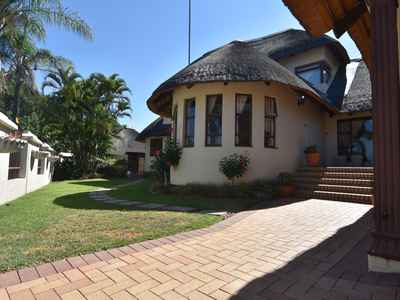 4 Bedroom Apartment For Sale In Nelspruit - gallery_image1.jpg