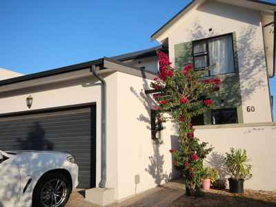 3 Bedroom Town House To Rent In Kraaifontein - gallery_image1.jpg