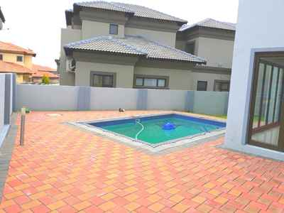 4 Bedroom House For Sale In Midrand - gallery_image1.jpg