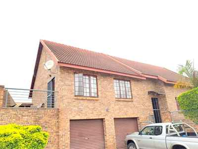 3 Bedroom House For Sale In Nelspruit - gallery_image1.jpg