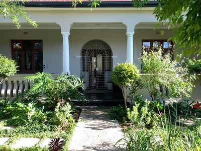 4 Bedroom House For Sale In Cape Town - 2TI0.jpg