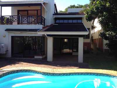 3 Bedroom Town House For Sale In Uvongo - gallery_image1.jpg