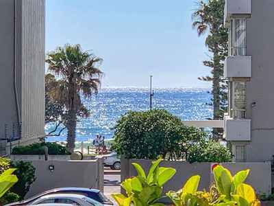 2 Bedroom Apartment For Sale In Sea Point - 3ZqR.jpg