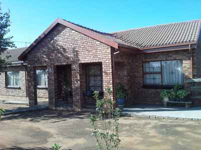 3 Bedroom House For Sale In Mabopane Unit A - gallery_image1.jpg