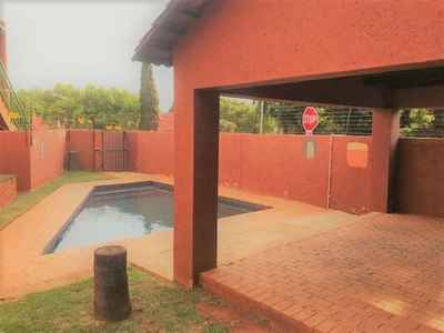 3 Bedroom Town House For Sale In Centurion - gallery_image1.jpg