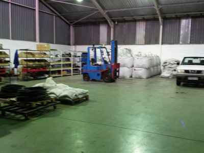 Industrial Property To Rent In Walmer - gallery_image1.jpg