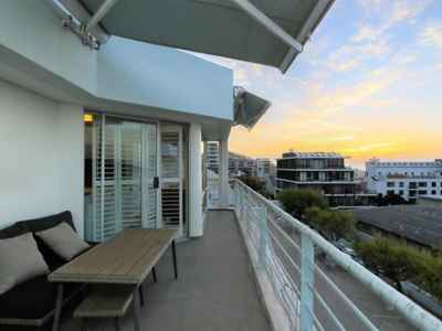 2 Bedroom Apartment For Sale In Sea Point - 5z43.jpg