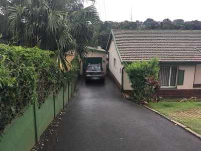 3 Bedroom House For Sale In Durban North - gallery_image1.jpg