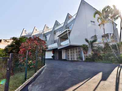 3 Bedroom Apartment For Sale In Umhlanga - gallery_image1.jpg