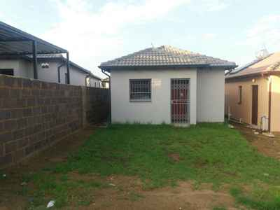 2 Bedroom House For Sale In Midrand - gallery_image1.jpg